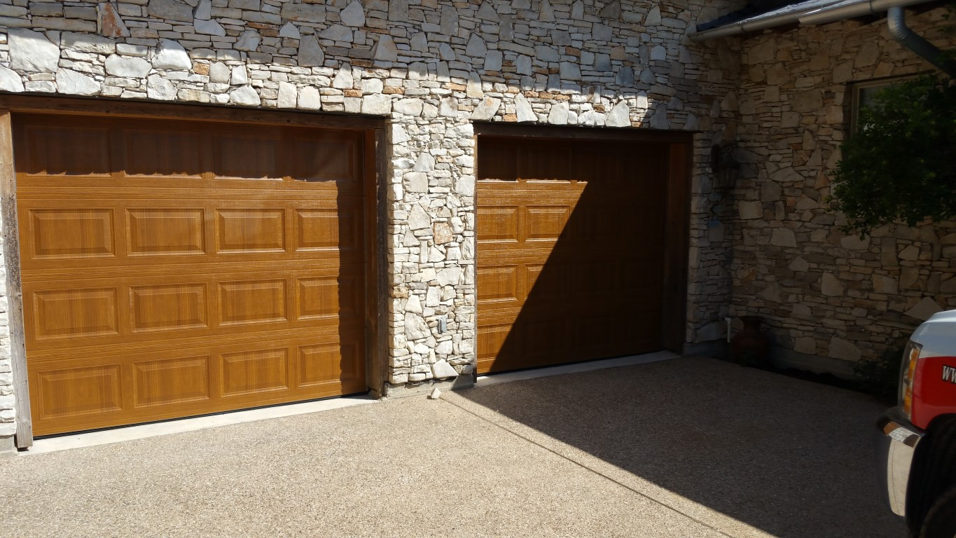 overhead roll up garage door repair in jersey village. Black Bedroom Furniture Sets. Home Design Ideas